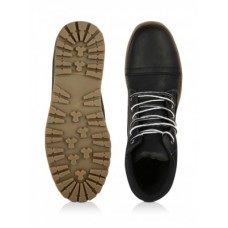Deals, Discounts & Offers on Foot Wear - Starting @ Rs.595 on Men's Shoes