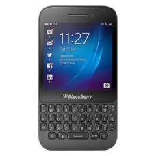 Deals, Discounts & Offers on Mobiles - Buy BlackBerry Q5 GSM Mobile Phone (Black) @12990