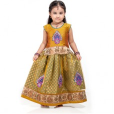 Deals, Discounts & Offers on Kid's Clothing - Kids' Apparel Under Rs. 999 + Flat 30% Cashback