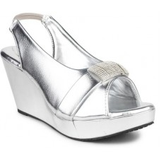 Deals, Discounts & Offers on Foot Wear - DJH Women Wedges offer in deals of the day