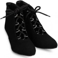 Deals, Discounts & Offers on Foot Wear - Anand Archies Boots