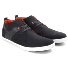 Deals, Discounts & Offers on Foot Wear - Flat 40% off on United of Benetton Sneakers