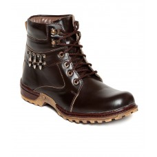 Deals, Discounts & Offers on Foot Wear - Upto 64% off on Pipo Brown Boots