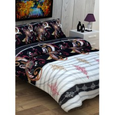 Deals, Discounts & Offers on Home Appliances - Flat 50% off on 3D Houzz Double Bedsheet With 2 Pillow Covers