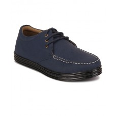 Deals, Discounts & Offers on Foot Wear - Flat 40% off on Casual Shoes