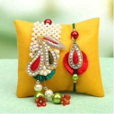 Deals, Discounts & Offers on Home Decor & Festive Needs - Get flat 15% off on all Rakhi Gifts