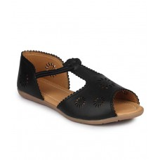 Deals, Discounts & Offers on Foot Wear - Do Bhai Black Flat Slip-on & Sandal