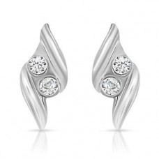 Deals, Discounts & Offers on Earings and Necklace - Mahi Impresionante Earrings