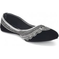 Deals, Discounts & Offers on Women - Casual Shoes below 699