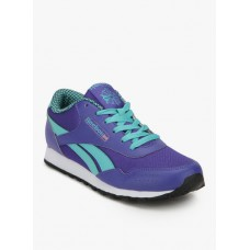 Deals, Discounts & Offers on Foot Wear - Extra 10% off on Sports Products