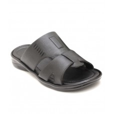 Deals, Discounts & Offers on Foot Wear - Canvera Black Daily Wear Slippers