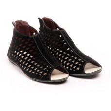 Deals, Discounts & Offers on Foot Wear - Do Bhai Women Flats offer