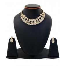 Deals, Discounts & Offers on Earings and Necklace - Manukunj White Alloy Necklace Set offer