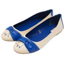Deals, Discounts & Offers on Foot Wear - Flat 15% off on Footwear