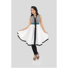 Deals, Discounts & Offers on Women Clothing - Shakumbhari Solid Women's Kurta
