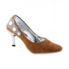 Deals, Discounts & Offers on Foot Wear - Flat 50% off on V5 Brown Kitten Heels