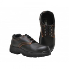 Deals, Discounts & Offers on Foot Wear - Flat 76% off on Tek-Tron Eco Safety Shoes