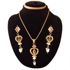 Deals, Discounts & Offers on Earings and Necklace - Pack of 5 Necklaces Under Rs. 550