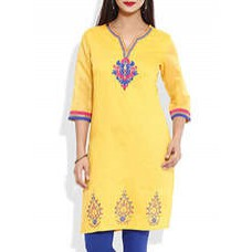 Deals, Discounts & Offers on Women Clothing - Buy 1 Get 1 FREE on Kurta,Suits,Dresses,Bags,Shoes & More