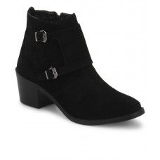 Deals, Discounts & Offers on Foot Wear - Flat 60% off on Carlton London Boots