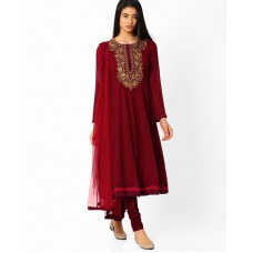Deals, Discounts & Offers on Women Clothing - Get flat Rs.250 off on purchase of Rs.500 & above