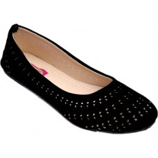 Deals, Discounts & Offers on Foot Wear - Flat 61% off on Myra Cutwork Bellies