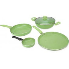 Deals, Discounts & Offers on Home Appliances - Wonderchef Family Set with Free Fry Pan Cookware Set