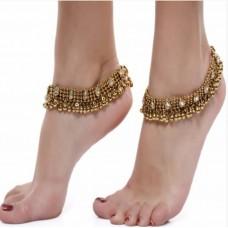 Voonik Offers and Deals Online - Charms Golden Ethnic Antique Kundan Studded Alloy Anklet
