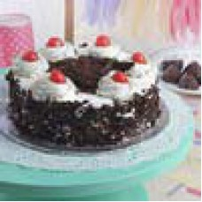 IndianGiftsPortal Offers and Deals Online - Round Black Forest Cake offer