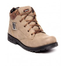 Deals, Discounts & Offers on Foot Wear - Flat 57% offer on Shoe Island Outdoor Shoes