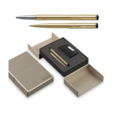 Deals, Discounts & Offers on Accessories - Flat 50% offer on Parker Vector Gold Trim Sets with Card Holder