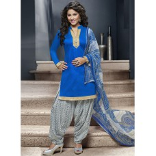 Deals, Discounts & Offers on Women Clothing - Flat 80% off on Women's Suits, Kurta, Winter wear ,Saree and More