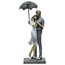 Deals, Discounts & Offers on Home Decor & Festive Needs - Flat 15% offer on Classy Romantic Couple Figurine