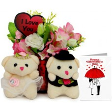Deals, Discounts & Offers on Home Decor & Festive Needs - Flat 40% off on Valentine Gift Set