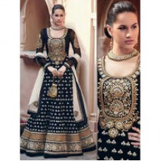 Deals, Discounts & Offers on Women Clothing - below 1099 + Min 30% Cashback offer