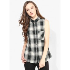 Deals, Discounts & Offers on Women Clothing - Minimum 40% off on Formal Wear