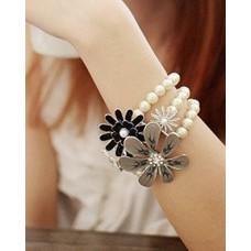 Deals, Discounts & Offers on Women - Flat 70% offer on Bracelets
