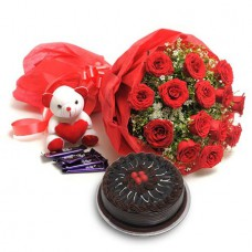 Deals, Discounts & Offers on Home Decor & Festive Needs - Get 15% discount on Birthday flowers