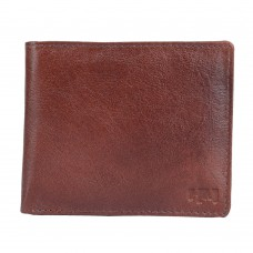 Deals, Discounts & Offers on Accessories - Men's Leather Wallets at Minimum 50% off