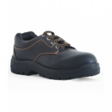 Deals, Discounts & Offers on Foot Wear - Tek-Tron Atom Safety Shoes at 82% Off
