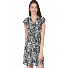 Deals, Discounts & Offers on Women Clothing - Flat 61% Off on orders of Rs.1999 & Above